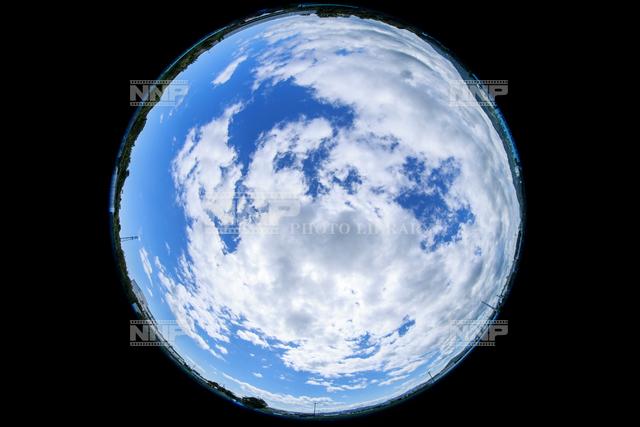雲量6~7 / ≪写真素材・ストックフォト≫ NNP PHOTO LIBRARY